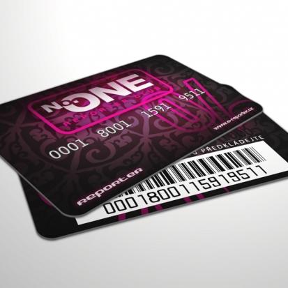 kreditní karta sex prsa
